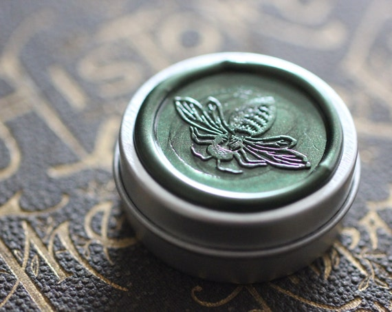 Hedera helix Natural Solid Perfume in Round Tin - Oakmoss - Pagan Tree Ogham of Ivy, Green, spring, floral chypre - Celtic Forest Magic