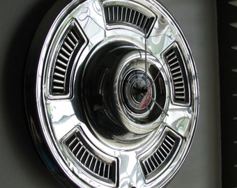 1967 Chevy Chevelle Hubcap Clock No 2425