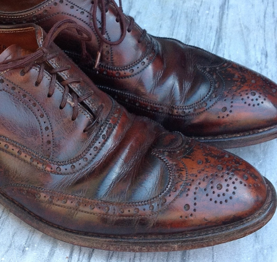 50s 60s Fantastic Patina Mens Wingtips Brown All Leather Shoes