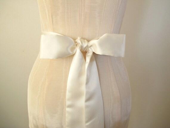 Ivory Matte Satin Sash, Bow Belt, Wedding Sash, Bridal Sash, Bridesmaid Sash, Long Length