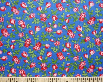 Pam Kitty Love, Lakehouse Dry Goods, Tiny Floral in Periwinkle LH12033PERI - 1/2 Yard Sale