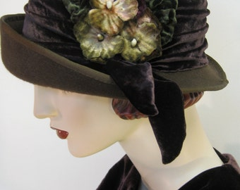 English Country Cloche/ Brown