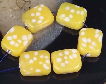 Lampwork Handmade Glass Beads Yellow Polka Dots Rectangle (L1075)