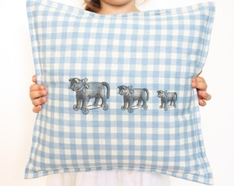 Children 'cats on wheels' pillow