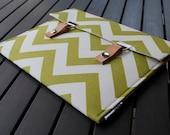 13 Macbook Cover / 13 Macbook Pro Retina Case / 15 MacBook Case / 13 MacBook Pro Cover / 11 MacBook Air Case - Chevron Green Natural