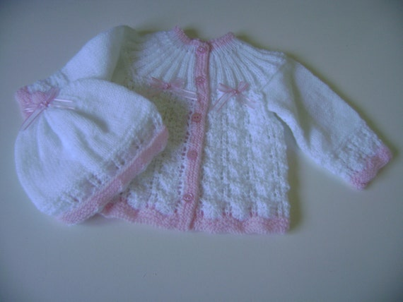Knitted Baby Sweater and Hat Set  0 to 3 Months Mat Antiallergic