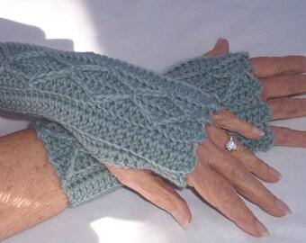 Womens Crochet Wool Blend Fingerless Mitts Seaspray Green
