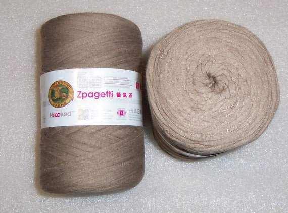 Super Bulky Yarn : Lion Brand Zpagetti Yarn - super bulky Repurposed fabric yarn