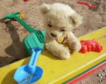 "PATTERN of  artist teddy bear Stevie 12 "" in PDF format, OOAK,  beige, yellow, amber,  mohair,  jointed"