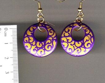 handpainted wooden earrings - Swirls