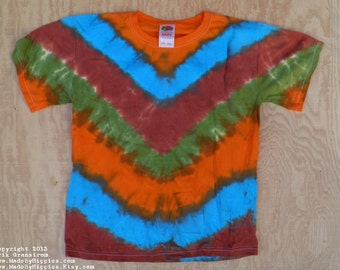 Mother Earth V-Stripe Tie Dye T-Shirt (Fruit of the Loom Size Youth L 14-16) (One of a Kind)