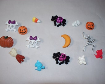 15  Halloween Buttons, Lot 2330 (Free US Shipping)