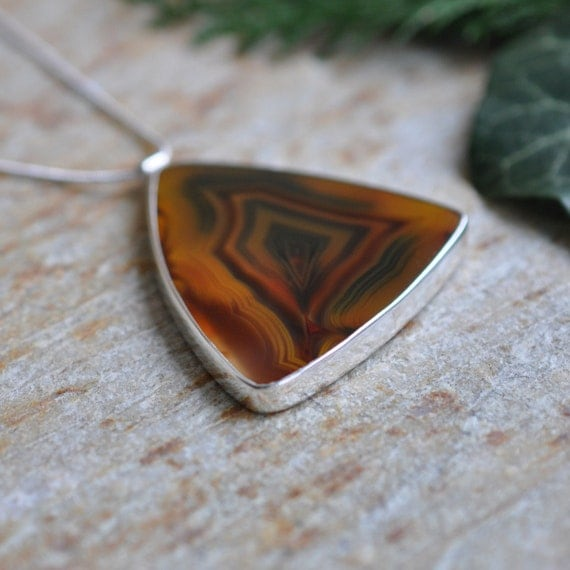 xX SALE Xx Condor Agate Necklace in Sterling Silver