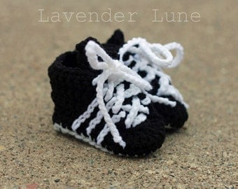 Crocheted Cleats for Baby: Soccer, Baseball, Football, track