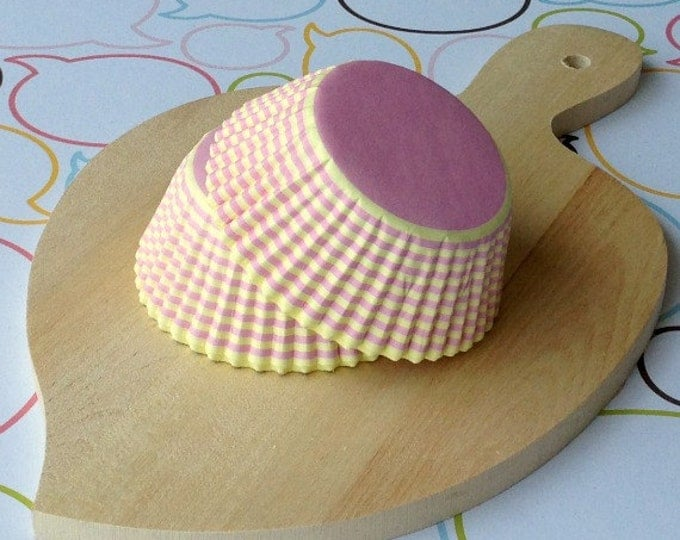 Yellow/Pink Stripes Standard Cupcake Liners