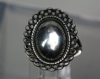 Vintage Beau Sterling Ring - Adjustable setting