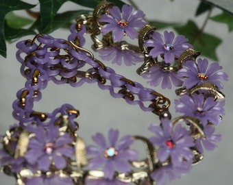 Vintage Purple and Rhinestone Flower Necklace - Costume