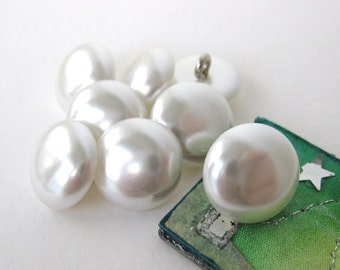 Vintage Buttons Pearl White Shank Acrylic Japan 14mm but0166 (6)