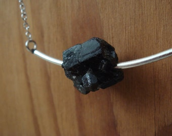 Black Tourmaline Silver Arc Necklace