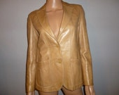 """Vintage 70's - Lady Scully - Fawn Color - Soft - Thick - LEATHER - Boyfriend - Women's - Jacket - Coat -  Blazer - 34"""" Bust or Chest"""