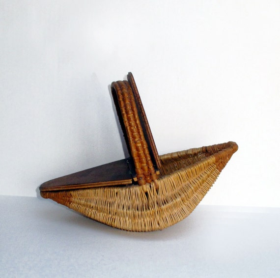 Woven Basket With Hinged Lid : Woven basket purse hinged wooden lid