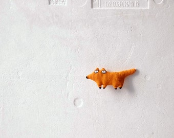 Foxy fox brooch