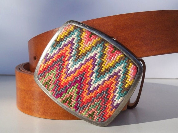 NEW  Needlepoint Sharp Ziggity Belt Buckle