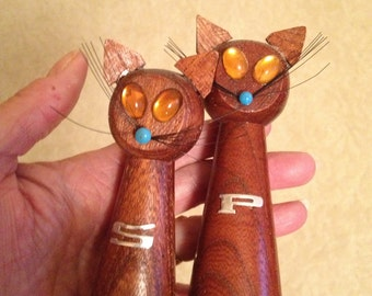 Mid Century Wooden Cat Salt and Pepper shakers
