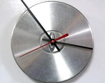 Recycled Wall Clock made from a 1992 - 1998 Toyota Center Cap - Camry Avalon Solara