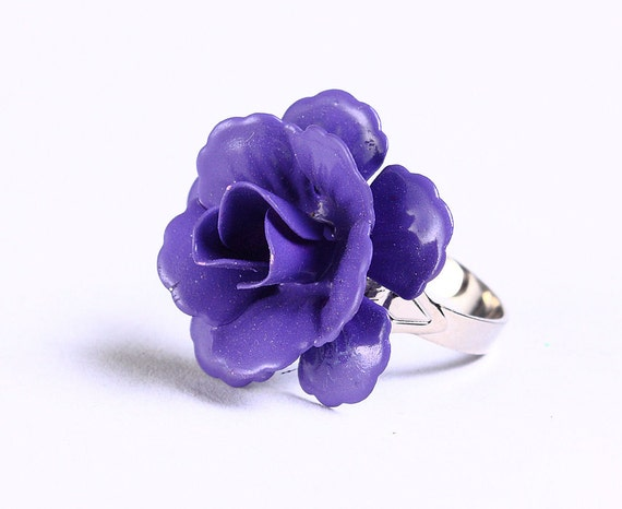 Purple mauve rosebud adjustable ring flower cocktail ring (694-12) - Flat rate shipping