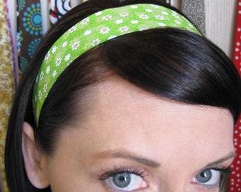 Green w/ White Flowers- Stay Put Headband