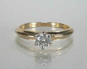 Vintage Diamond Solitaire Engagement Ring - 0.22 Carat
