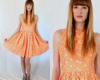1950s Embroidered Peach Party Dress - Criss Cross Back -Straps -  Circle Skirt - XS