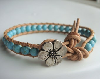 Turquoise Magnesite Beaded Leather Bracelet with Flower Button