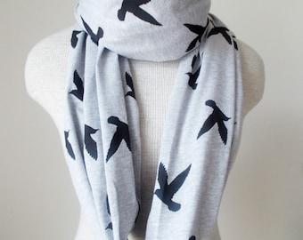 READY TO SHIP - Infinity Scarf - Bird Scarf - Black on Grey Heather