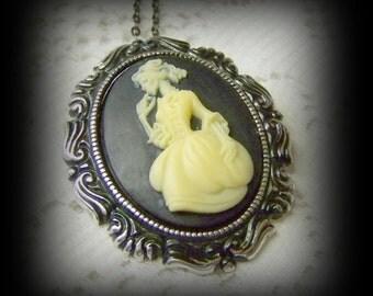Gothic Skeleton Marie Antoinette Necklace - Dia de los Muertos - La Calavera Catrina - Day of the Dead - Mictecacihuatl Pendant - Zombie