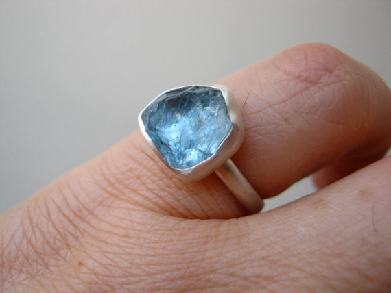 Blue Rough Aquamarine ring - Sterling silver - Custom
