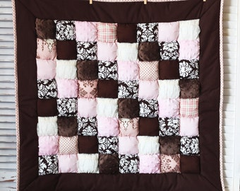 Sugar and Spice Puff Quilt READY TO SHIP