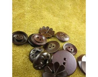 Brown Plastic Vintage Button Assortment - Vintage Plastic Buttons - Total of 12 Buttons