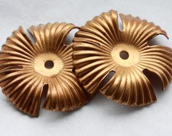 4 Vintage 1960's Brass Wavy Flower Findings