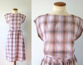 1970s Day Dress Boatneck Fitted Waist Pastel Plaid Gold Detail Stitching Feminine Boho Vintage 70s M Medium L Large