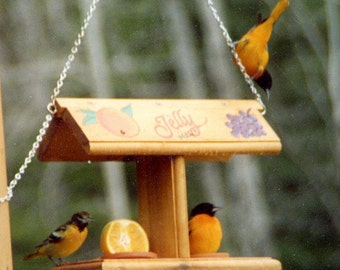 Jelly or Fruit Feeder