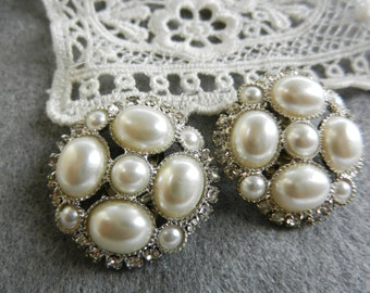 Wedding jewelery- 1960s vintage Italy Bright earrings  - chatons, pearls and silver -ideal for the bride with retro charm - Art.390/2-