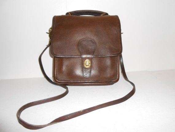... Brown Leather and Suede Authentic Coach Messenger Crossbody Handbag