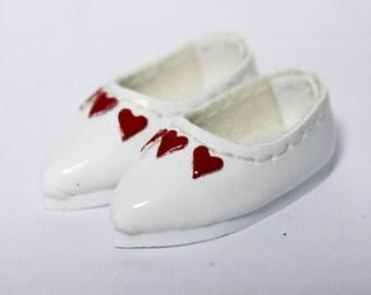 White Love Heart Casual Shoes for BJD Dolls Lati Yellow, PukiFee, Riley Kish, Bobobie Nissa, DIM Silf, Dollk S00064D