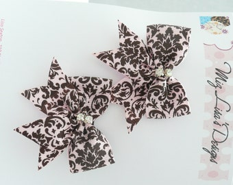 nhb-Small Pink and Brown Damask Print Hair Bow Set w Rhinestones