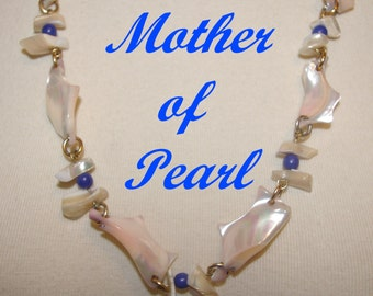 Mother of Pearl Necklace, Polished, Smooth, Sea Shell Chips, Off White, Vintage 1980's
