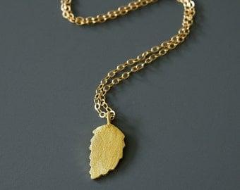 Gold Leaf  Pendant, Simple Necklace, Vermeil Gold Leaf Pendant, Small Leaf Pendant, Everyday Pendant, Everyday Necklace