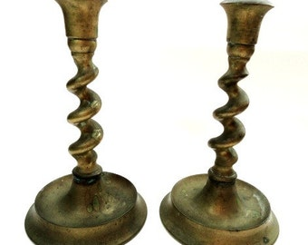 Vintage Solid Brass Twisting Candle Sticks/ Vintage Home Decor/ Vintage Brass Candle Holders