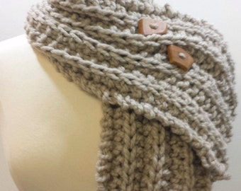 Chunky Knit Button Scarf Creamy Gray, Cream Ribbed Cowl, Neckwarmer Cream, Rib Knit Scarf in Beige, Knit Button Scarf, Cream for Men Women